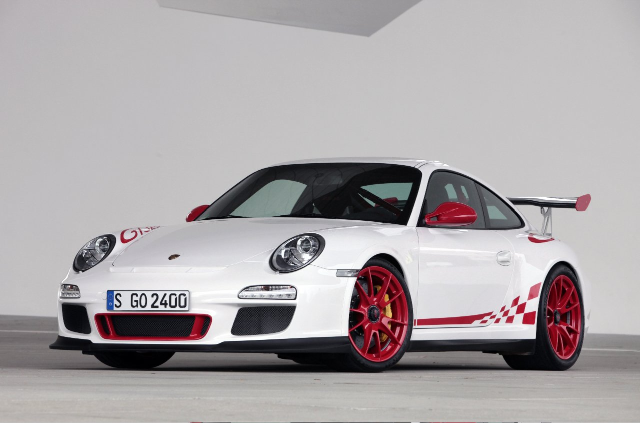 Porsche 911 Gt3 Rs Street Car To Compete In 24 Hour
