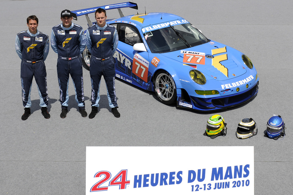 Porsche celebrates 98th class win in Le Mans