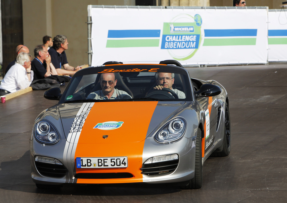 Boxster E Prototypes Attract Many Prospective Customers