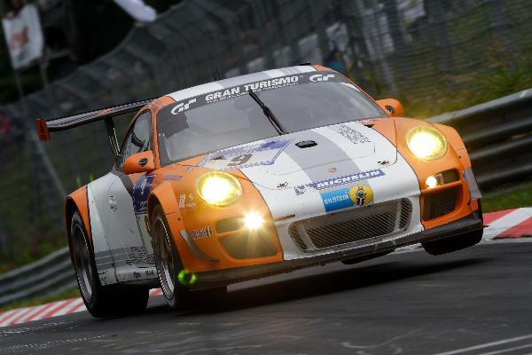 Porsche 911 GT3 R Hybrid Starts in Laguna Seca
