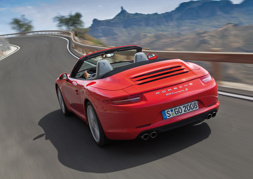 Next-generation 911 Cabriolet Breaks Cover