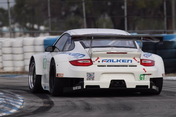 Porsche 911 GT3 RSR Fast Becoming Driver Favorite at Sebring Debut
