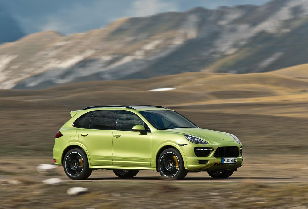 New Porsche Cayenne GTS Set for World Premiere in Beijing