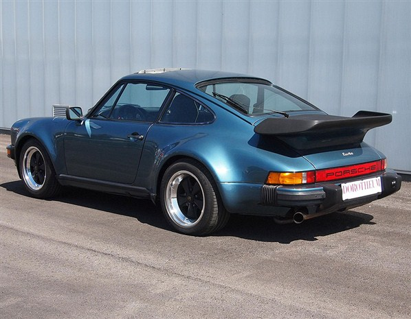 Gates' 1979 Porsche 930 sells for $80,000