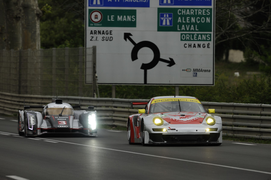 Flying Lizard Completes Successful Le Mans Test