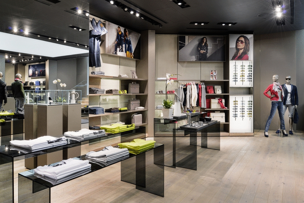 Porsche Design Expands Further With Store In Hong Kong