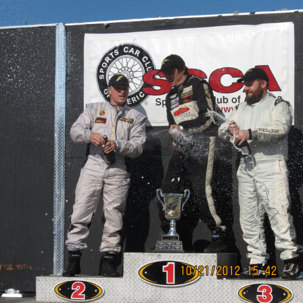 944 Cup: Comat and Celenza Claim National Cup Titles
